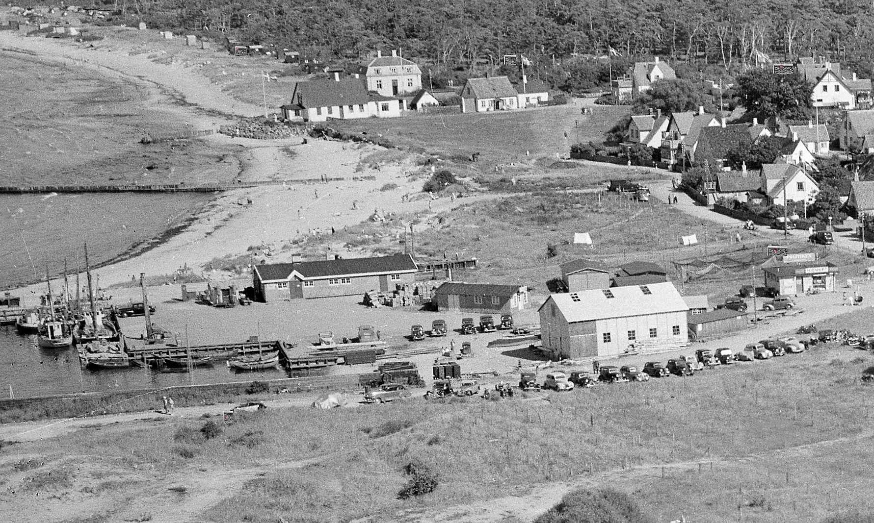 Hormbæk Havn fra oven 40'erne